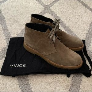 HP! VINCE Suede Ankle Boots